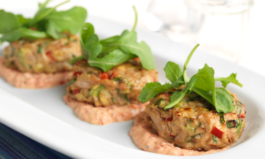 Crab Cakes with Roasted Pepper Aioli