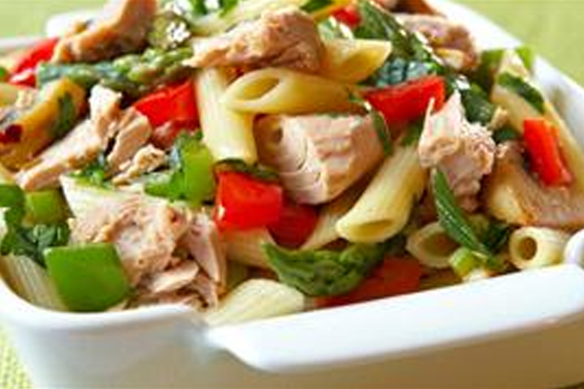 Light and Healthy Tuna Pasta Primavera