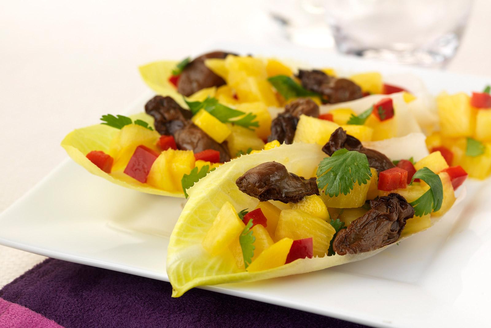 Huîtres fumées à la salsa d'ananas et de mangue