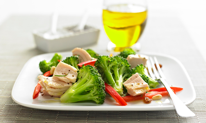 Tuna and Broccoli Salad