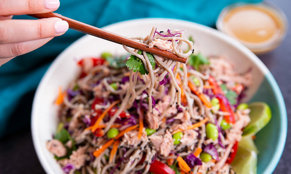 Oceans Asian Soba Noodle Tuna Salad 2 1